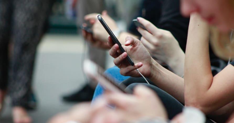 طرق لتحسين عمر بطارية الهاتف للألعاب